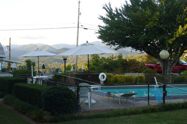 Motel Pool - Stay at our scenic motel or RV campground in Bryson City, North Carolina, for your next vacation spot.